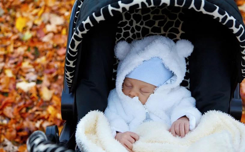 как правильно гулять с новорожденным ребенком